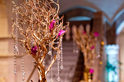 Chrysler Museum, wedding, gold manzanita, orchids, Isha Foss Events