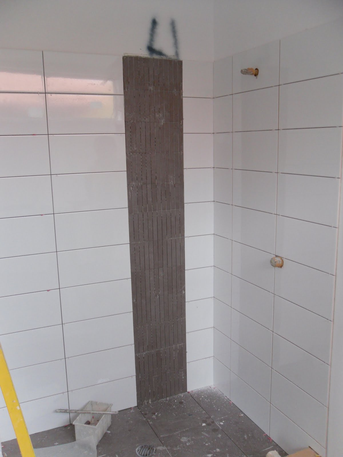 Fantastic Shower Tiles Vertical Vs Horizontal  BATHROOM  Pinterest  Shower