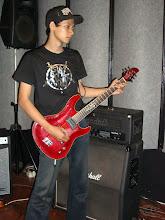 Muarif ( lead gitar )