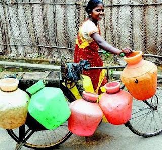 http://3.bp.blogspot.com/_NedBqSzM_oA/STR9_fp3_mI/AAAAAAAACd0/1jLnV-ddEyM/s320/Chennai_water.jpg