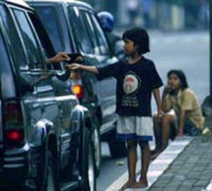 http://3.bp.blogspot.com/_NeoLJUDfJFs/Sg6HoL9mtsI/AAAAAAAAAAM/d7b6FQBu7dI/s320/anak_jalanan_1.jpg