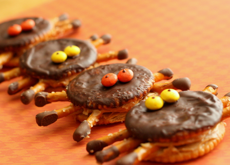Ritzy Halloween Spiders - Sprinkled with Flour