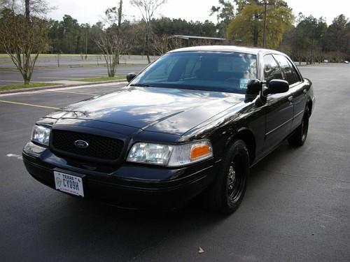 Crown+Victoria+ex+cop+car.jpg