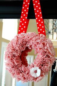 Make a Whimsical Cupcake Wrapper Wreath!