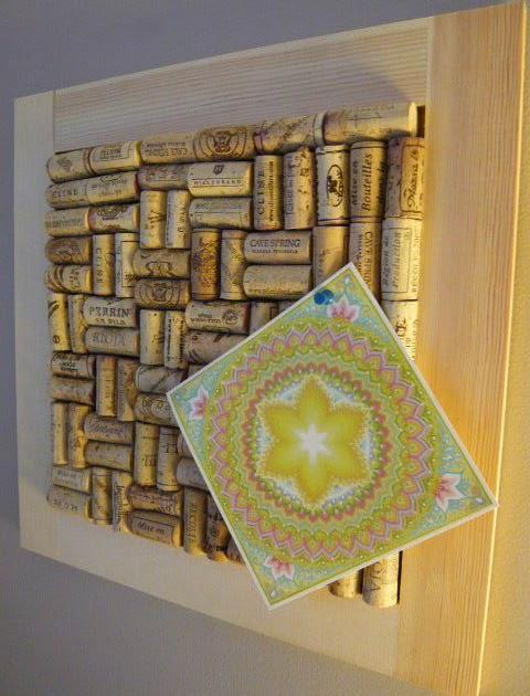 Cuadro de corchos portal de manualidades for Cuadros con corchos