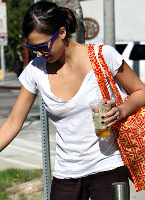 Jessica Alba Candids Photos