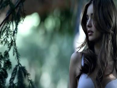 Miranda Kerr Victoria Secret Dream Angel Push Up Bra Photos