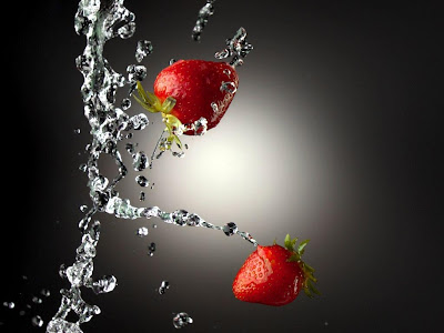 wallpaper red and black. Strawberry image : wet Red