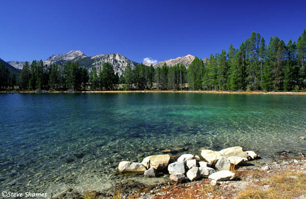 Bliss america 39 s best swimming holes for Fish lake camping