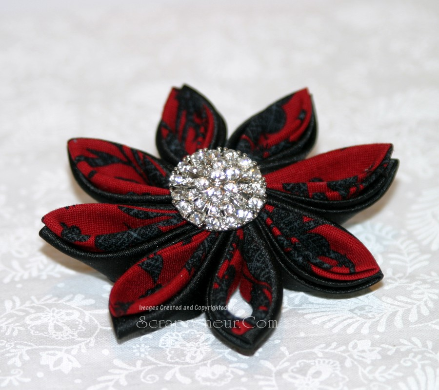 Tsumami Kanzashi Fabric Flower  Brooch Tutorial