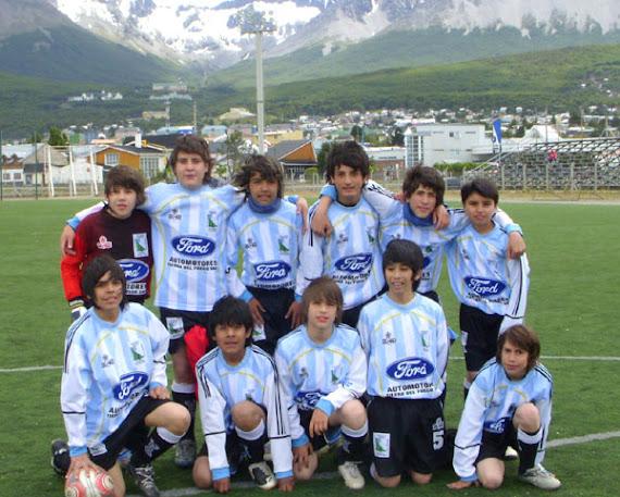 La '96 jugó un amistoso en Ushuaia. Enero '09.
