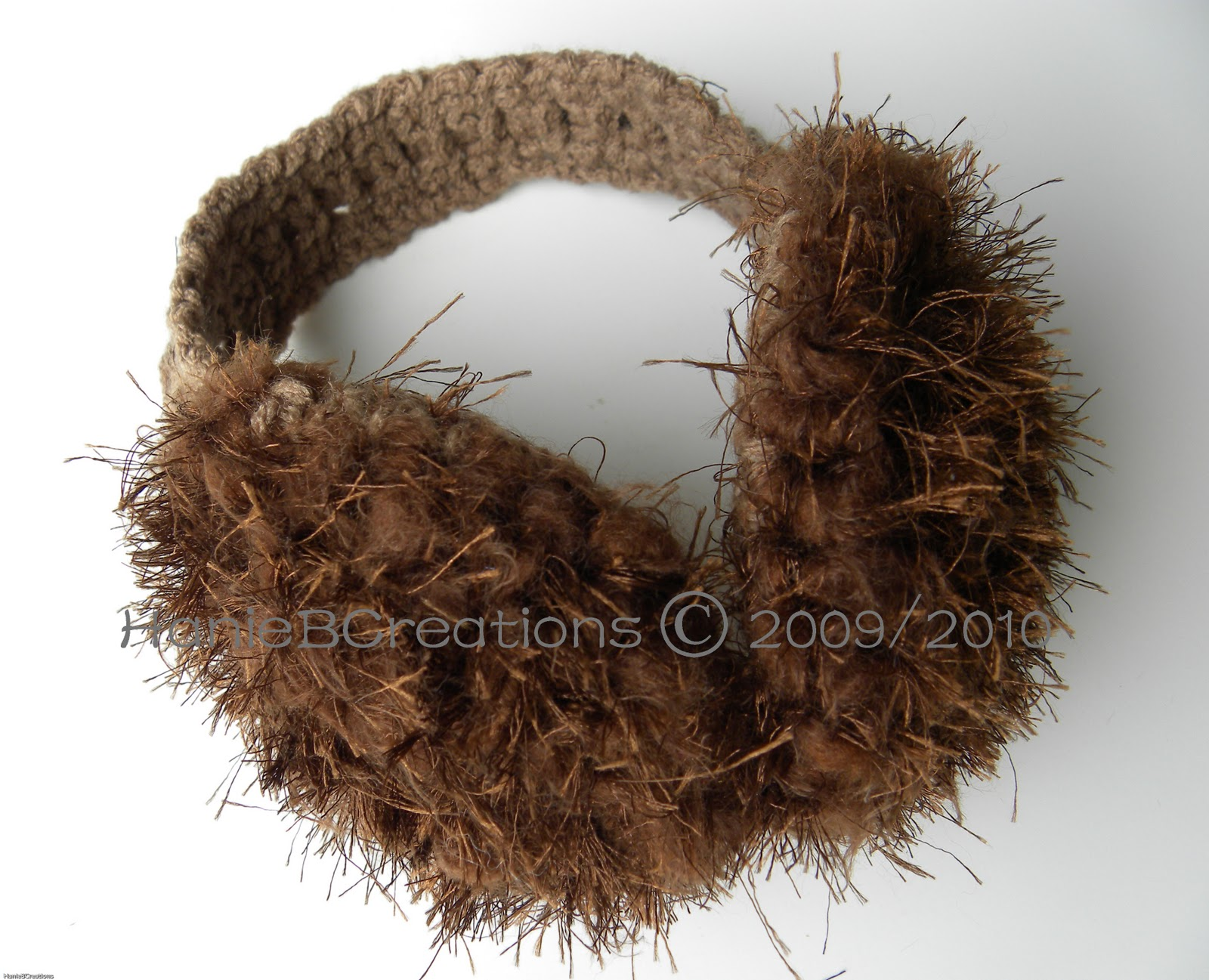 Fun Fur Eyelash Yarn Scarf – Free Crochet Pattern