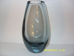 WHITEFRIARS ARCTIC BLUE OVAL VASE 9490
