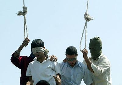 contra las ejecuciones de hombres mujeres y menores en iran en base a