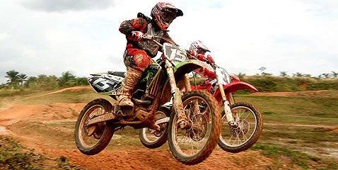 karnival motocross