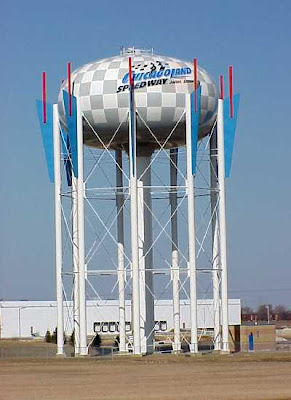 Most Creative Artistic Water Tanks 3