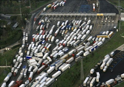 these images shows need for a better traffic management systems (10) 5