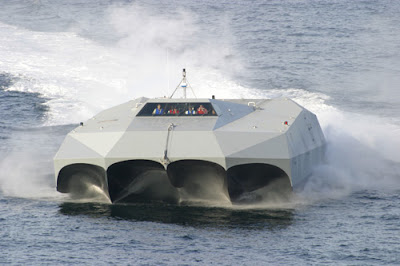 M80 Stiletto Stealth ship (5) 2
