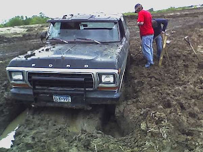 Vehicles in mud (11) 3