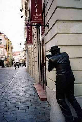 Interesting Statues From Around The World (36) 15