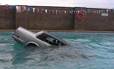 Car Gone For Swim (7) 5