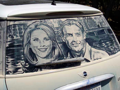 Painting on car windows using dirt (11) 2