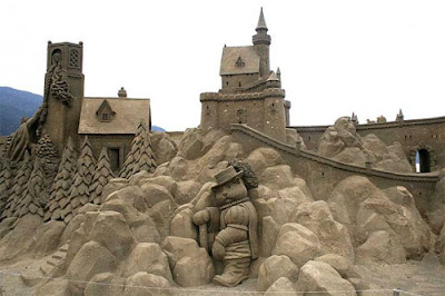 Amazing Sand Sculptures (11) 8