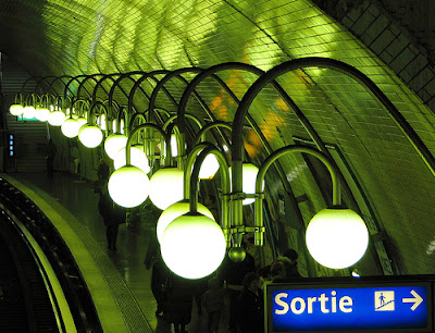 Metro+station++Cit%C3%A9+,+Paris.+Tube,+Subway.jpg