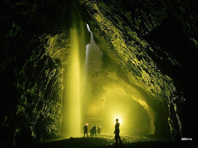 Amazingly Beautiful Caves 2