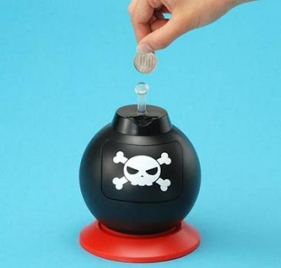 25 Cool and Creative Coin Banks (33) 10