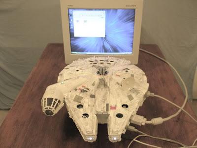 Millennium Falcon PC (3) 1