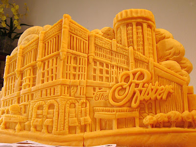 11 Creative Cheese Sculptures (11) 4