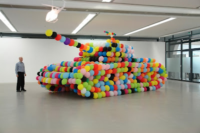 10 Cool and Creative Balloon Creations (10) 10