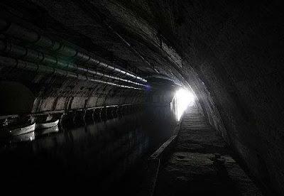Soviet Underground Submarine Station (20) 16