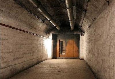 Soviet Underground Submarine Station (20) 13