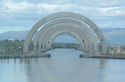 The Only Rotating Boatlift In The World - The Falkirk Wheel (11) 3