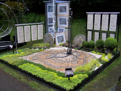 Interesting Garden Designs (15) 7