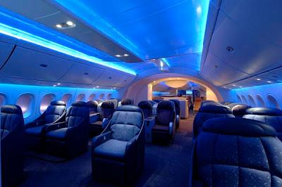 Boeing 787 interiors (3) 1