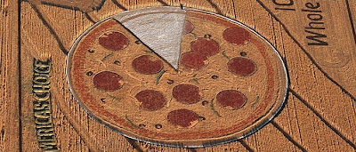 Crop Circle: Pizza In The Wheat Fields (4) 3