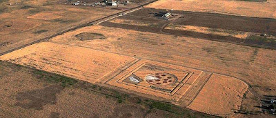 Crop Circle: Pizza In The Wheat Fields (4) 4