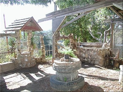 House Built Entirely Out Of Junk (3) 2