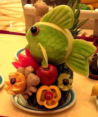Fruits and vegetable sculptures (11) 2