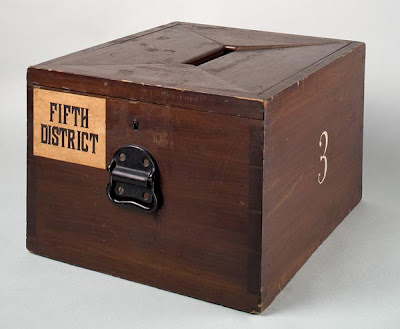 Ballot Boxes And Electronic Voting Machines From All Over The World (27) 1