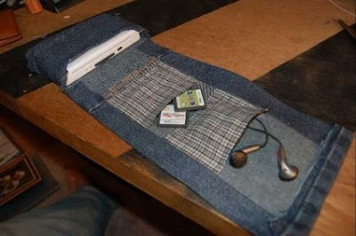 Creative and Cool Ways To Reuse Old Denim Jeans (36) 10