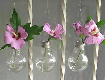Light Bulb Vase. Click to See How to Make