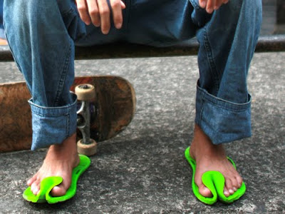 16 Creative and Cool Slipper and Sandal Designs (16) 16