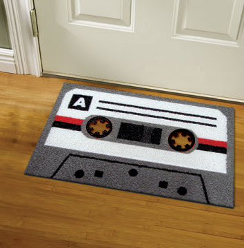 28 Cassette Inspired Products and Designs (32) 16