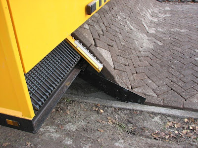 Innovative Machine for Building Roads (10) 4