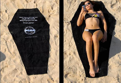 12 Creative and Clever Beach Towels (15) 2