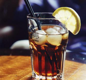 "Bar ""Le Parisien"" Cubalibre"
